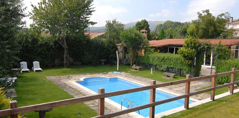 hoteles rurales en galicia con piscina